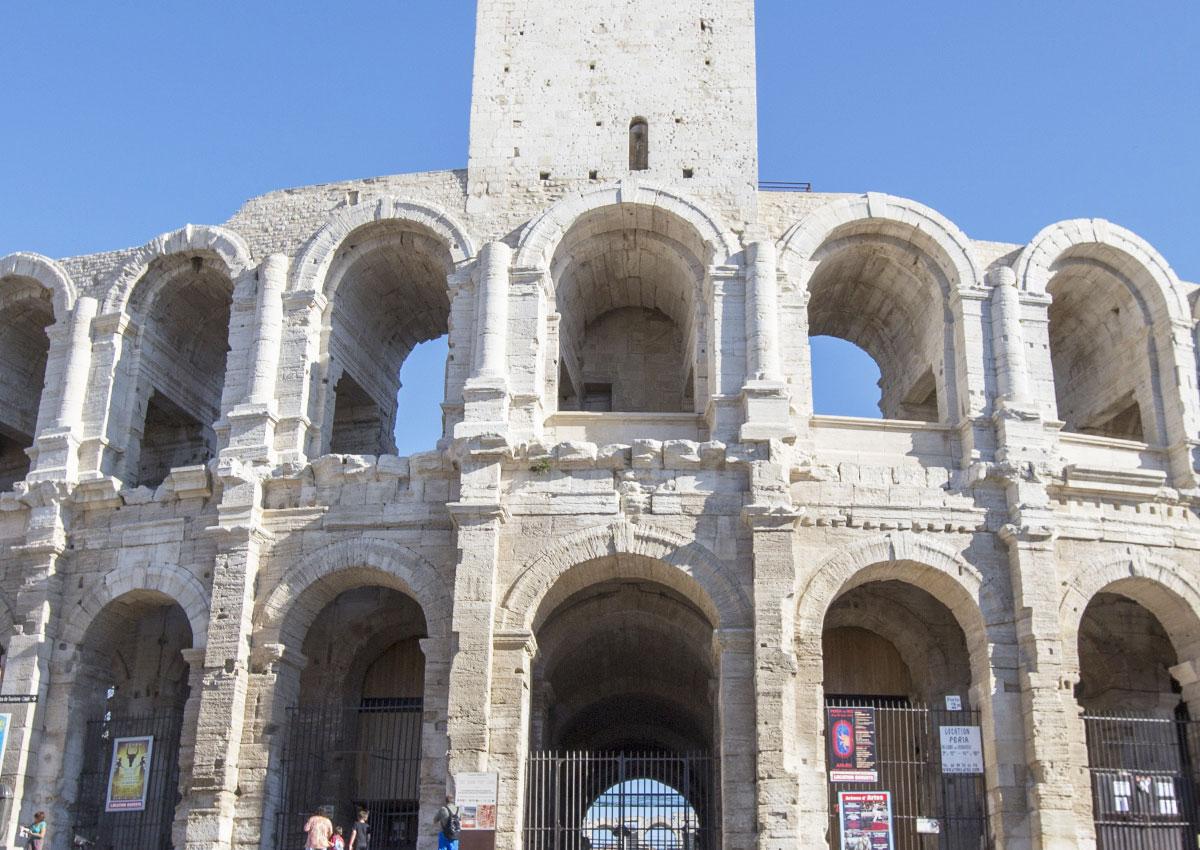 bg-Arles